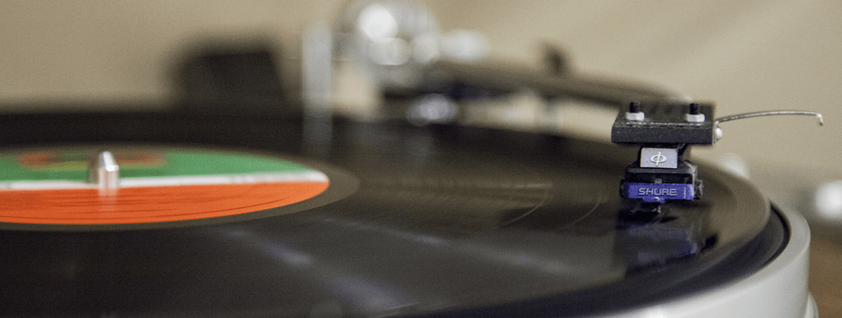 Vinyl audio being transferred to MP3 digital file